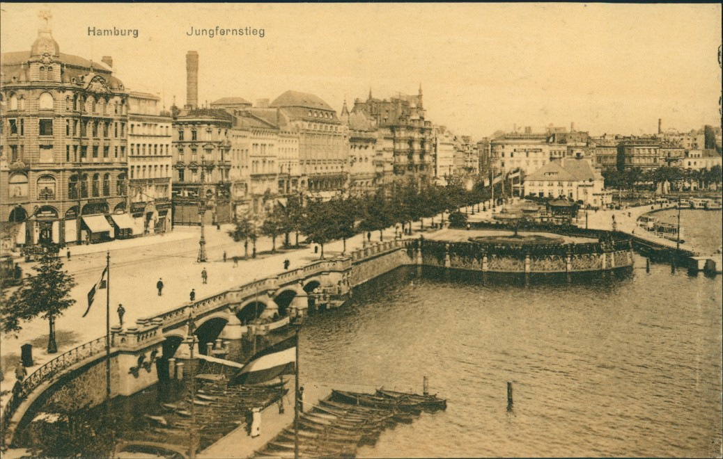 vintage Postcard from 1922: Partie am Jungfernstieg:: Hamburg